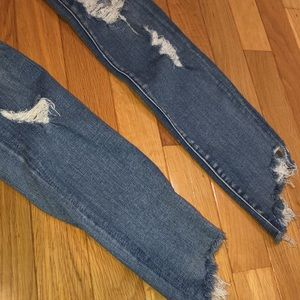 American Eagle Outfitters Jeans - 4R American Eagle Distressed Skinny